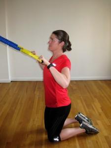 NYC Personal Trainer kneeling lat pulldown
